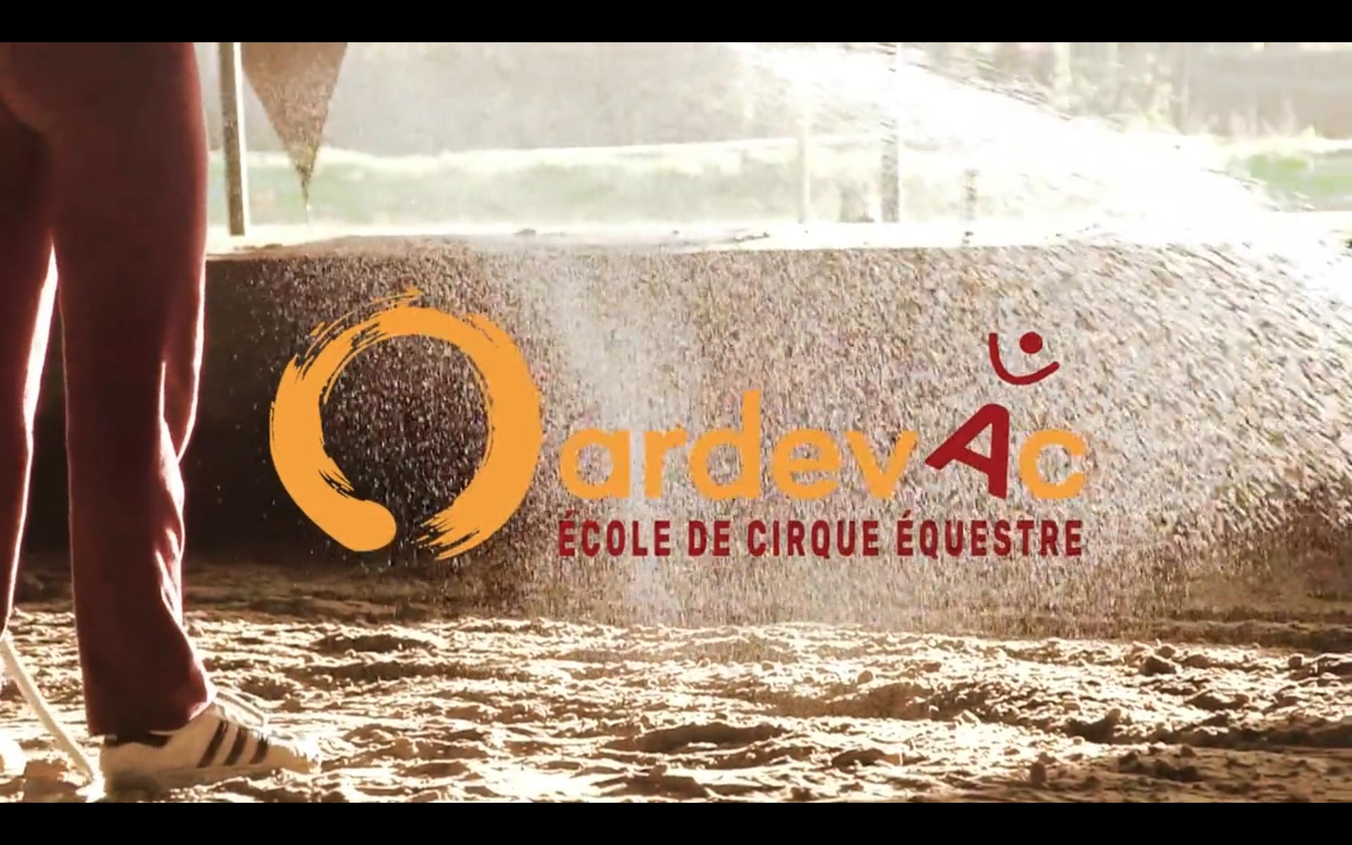 Amie Barouh - Ardevac école de cirque équestre